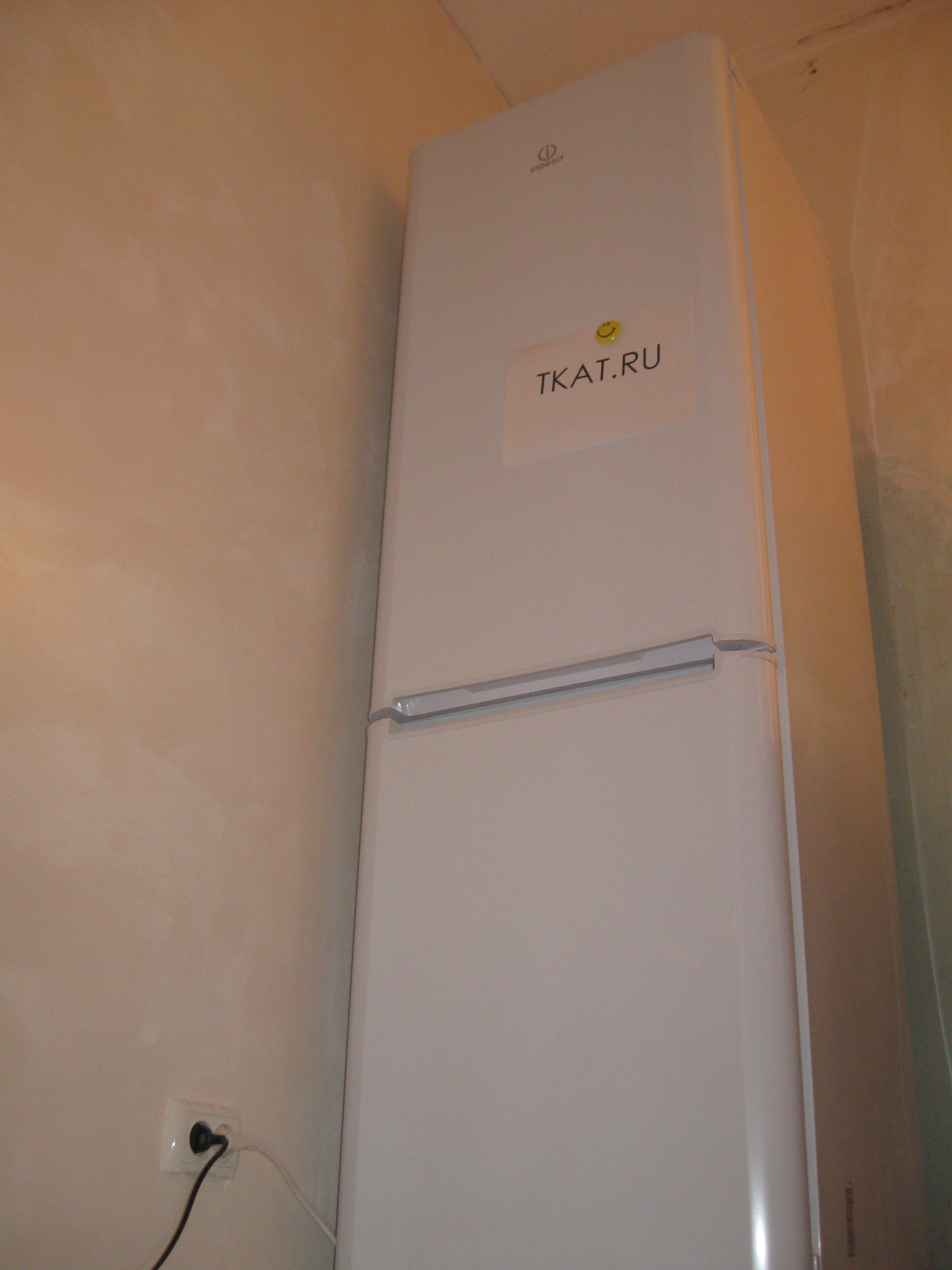 обзор холодильника Indesit Bia 18 Bf читайте на Tkatru