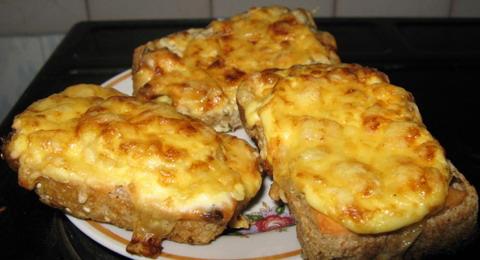 как приготовить горячие бутерброды с сыром в микроволновке